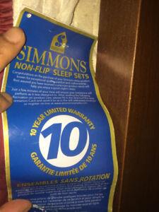 Queen size Mattress - Simmons