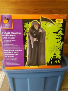 EUC Standing bobble-head Grim Reaper