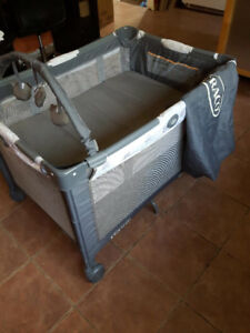 Graco Playpen and Basinett