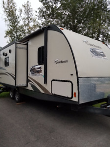2013 Coachman Freedom Express 23 Foot