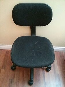 Desk or computer chair for selling
