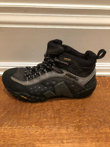 Hiking boots. Merrell, Men's size 8.5.