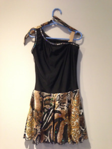 Figure Skating DRESS youth sz. 8-10. Excellent cond.