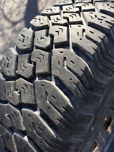 Uniroyal 235 75 15 tires and rims