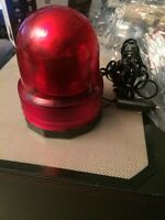 RED POLICE TYPE LIGHT 12 VOLT WITH MAGNETIC BOTTOM
