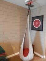 Hanging indoor chair