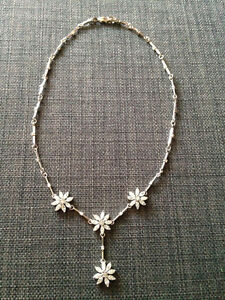 Beautiful floral crystal Y-necklace rhodium plated silver-tone