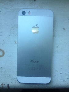 iPhone 5s Kingston Kingston Area image 1