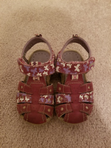 Geox Girl sandals - size 6 (22)