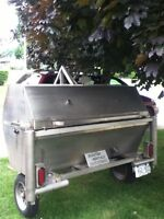 Professional pig roast equipment for rent
