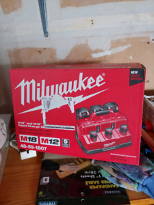 Milwaukee Six Battery Rapid Charger NEW IN BOX