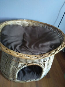 Cat Bed- Good Condition