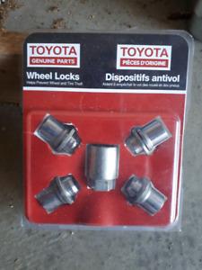 Toyota wheel locknuts