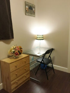 *** Looking for Female roommate - February 28