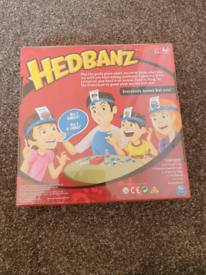 Hedbanz Childrens Quick Question Game Of Who Am I? BRAND NEW IN BOX A