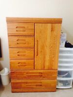 Oak dresser and end table
