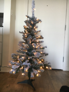 Christmas Tree and Assorted Christmas Decorations (Like New)