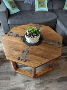 Mexican Ash Table