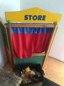 Kids puppet theatre with lots of puppets Windsor Region Ontario image 1