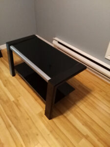 Flat Screen TV Stand (Reduced $30.. nice stand)