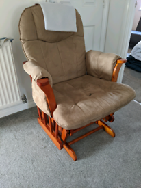 Rocking chair for nursing. FREE TODAY ONLY.
