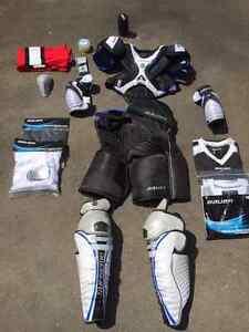 Complete Bauer Men's Hockey Set