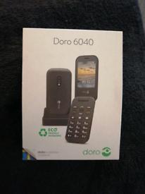 BRAND NEW DORO 6040 SIM FREE FLIP PHONE