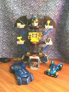 Batman Imaginext Batcave