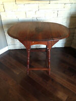 Table En Chene ** Antique ** Oak Drop Leaf Table
