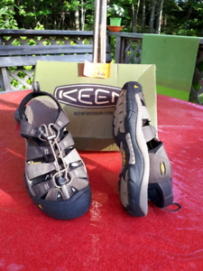 Keen Hikers, mens size 10 1/2.