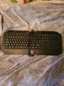 Acer Predator Aethon 500 key board mouse included