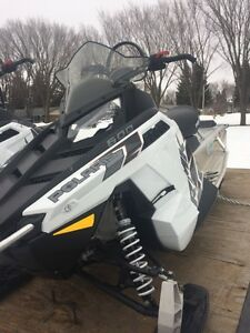 "2015 Polaris 600 144"" x2 + Trailer"