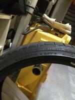 Bridgestone RE050 RFT 225/35R19 tires