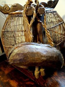 """primitive YAK COW BELL wooden HAND CARVED Cambodian 9 1/2"""" Cambridge Kitchener Area image 6"""
