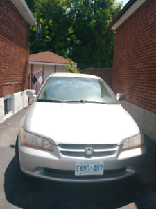 Honda Accord 2000 $700 (Negotiable)