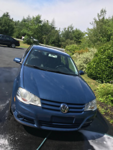 2010 Volkswagen Golf City low Kms