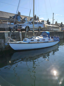 24' five berth excellent cruising yacht