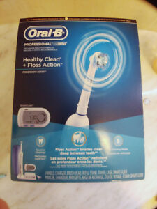 UNOPENED Oral-B Rechargeable Toothbrush (Precision 5000)