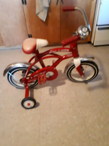 Red ryder kids bike(with training wheels)