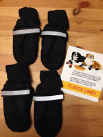 Fleece lined Muttluks dog boots - Brand New - Size small