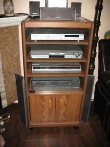 Stereo Cabinet only In good condition 35.00