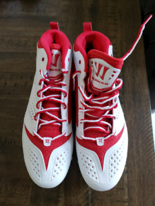 Warrior Lacrosse or baseball cleats.  Size 9 1/2