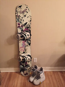 Women's Snowboard, boots and bag