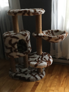 Cat Tree - Top Quality $75!