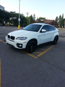 ***WELL MAINTAINED 2011 BMW X6 SUV WHITE BLACK RIMS***