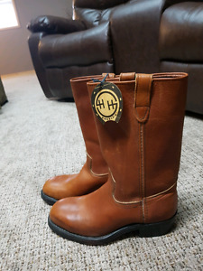 Womens steel toe/ Oil resisting boots