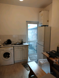 Flat for rent £440/month agincourt avenue