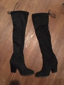 LOWER PRICE OVER THE KNEE BOOTS SIZE8 Kitchener / Waterloo Kitchener Area image 1