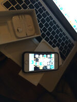 iphone 5s 16g gold  chatr rogers call now