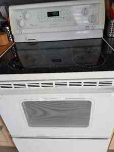 CUISINIERE WHIRLPOOL GOLD 30 POUCES